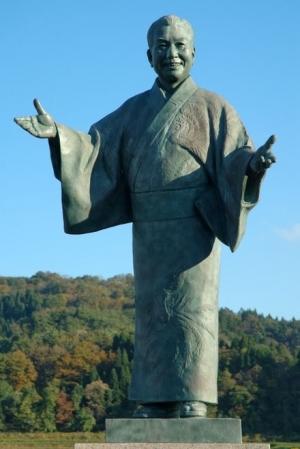 Minami_haruo_statue_20051121